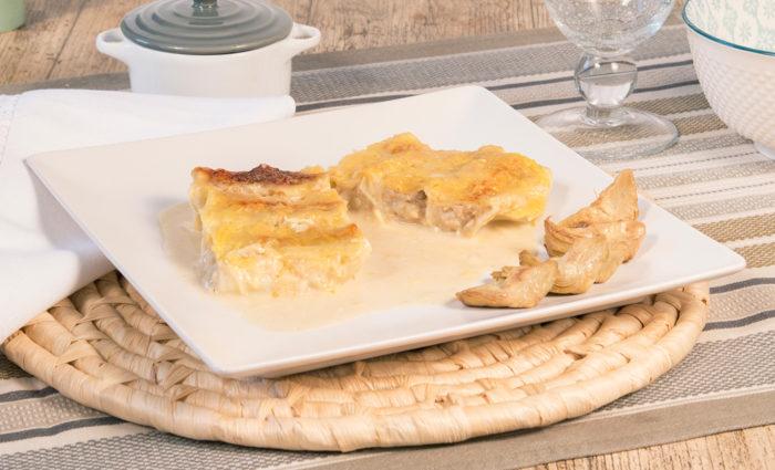 canelones de pollo de aldea con boletus y foie cocinados
