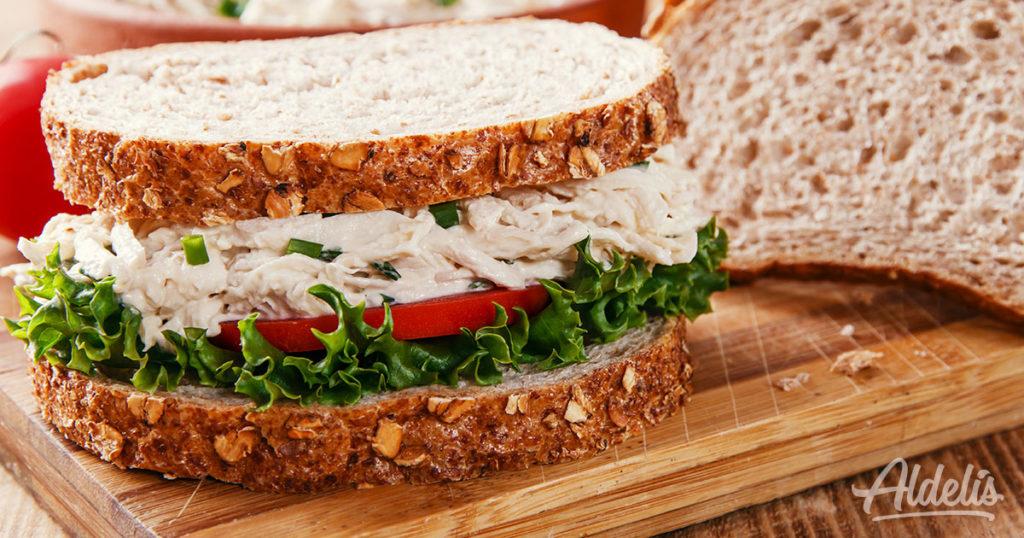 Sandwich de pollo Aldelís