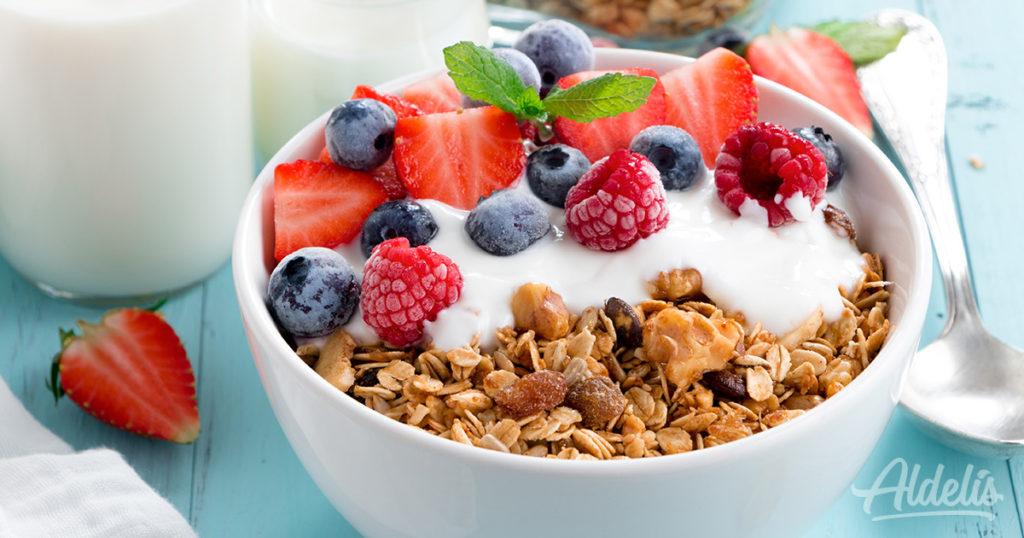 Yogur con cereales y fruta Aldelís
