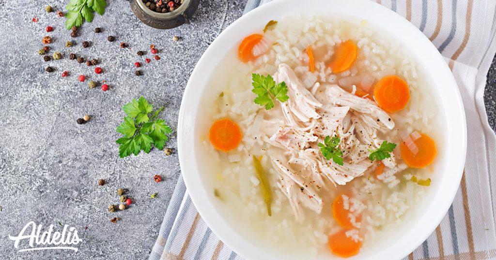 Sopa de pollo y arroz Aldelís