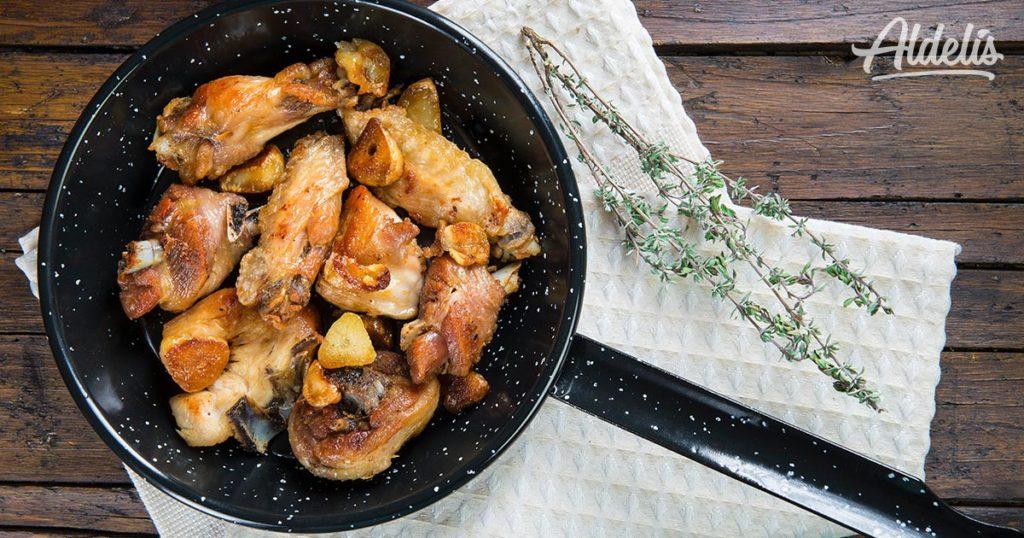 pollo-al-ajillo-Aldelís