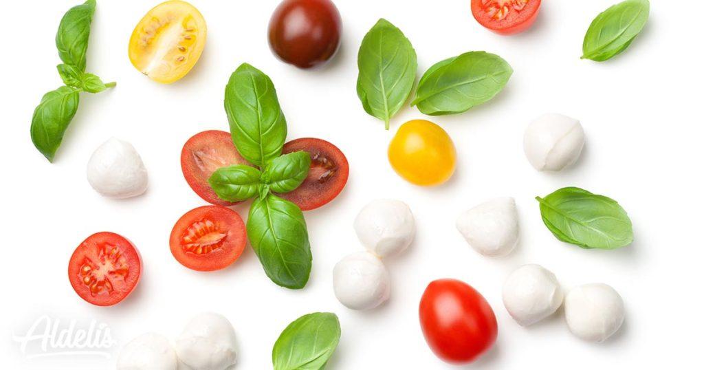 Cherry-mozzarella-albahaca-Aldelís